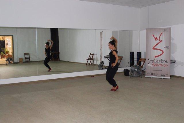 La bailaora Ana Morales en un ensayo de la obra 'Los pasos perdidos'.