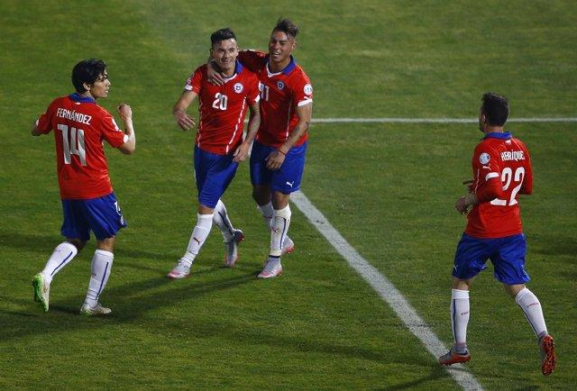 Chile Aranguiz Bolivia Fernández, Vargas Henríquez