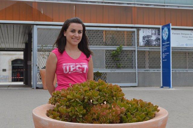 Clara Máximo en la Escuela de Teleco de la UPCT