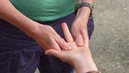 Los riesgos de ponerte en manos de masajistas ilegales ambulantes