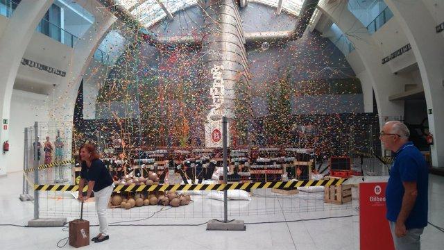 Presentación de la exposición sobre el concurso de fuegos artificiales de Bilbao