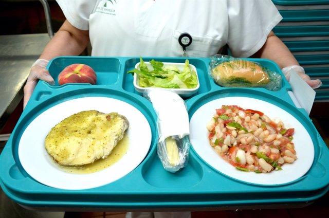 Imagen de uno menú veraniego que se ofrece en los hospitales del SAS.