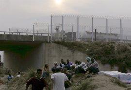 Londres contribuirá a la asistencia humanitaria de los inmigrantes varados en Calais