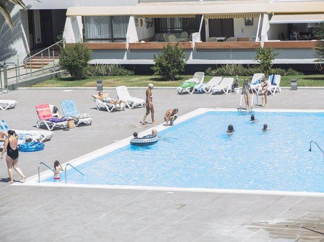 El principal uso del hipoclorito sódico es como desinfectante en piscinas