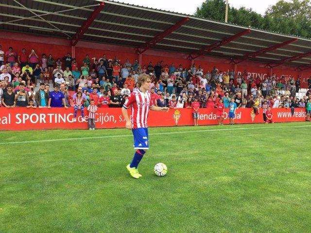 Halilovic, nuevo jugador del Sporting de Gijón