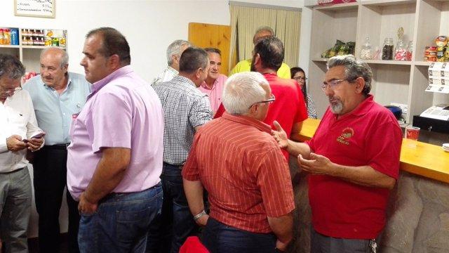 Berdejo estrena una tienda multiservicios