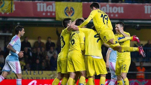 El Villarreal sigue de dulce y Casilla condena al Espanyol