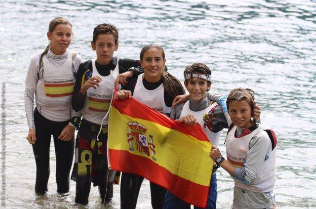 El equipo de Optimist España, campeón de Europa Team Racing