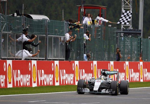 Lewis Hamilton gana el Gran Premio de Bélgica