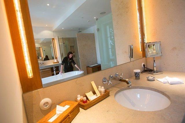 Limpiadora en hotel