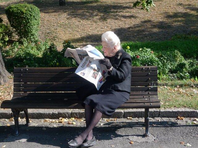 Leer y escribir frena el deterioro cognitivo en mayores de 65 años