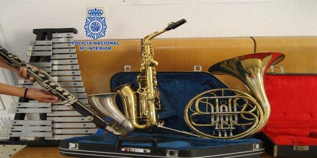 Instrumentos recuperados tras robos en una asociación musical de Llaurí