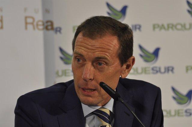 Emilio Butragueño, renovación contrato Real Madrid-ParqueSur