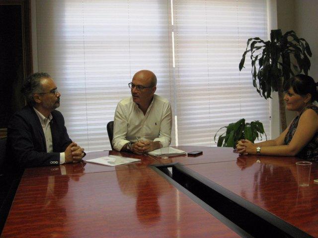 Reunión del consejero de Desarrollo Económico con el alcalde de Caravaca