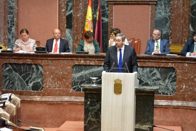 Víctor Martínez (PP) en su discurso en Debate Investidura