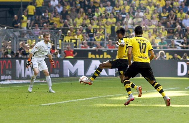 Aubameyang, del Borussia marca contra el Hertha Berlin