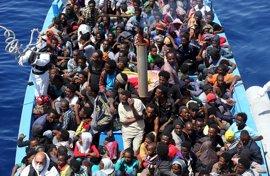 Al menos 37 inmigrantes muertos al hundirse su embarcación en las costas libias