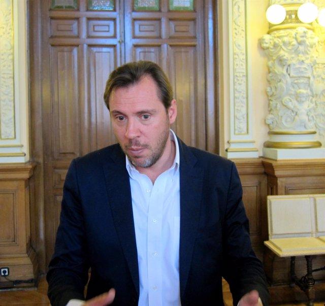 El alcalde de Valladolid, Óscar Puente, en el Ayuntamiento de Valladolid