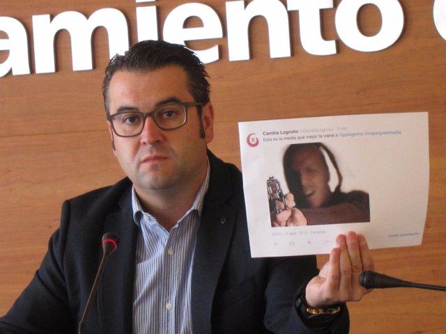 Javier Merino, con una imagen del tuit