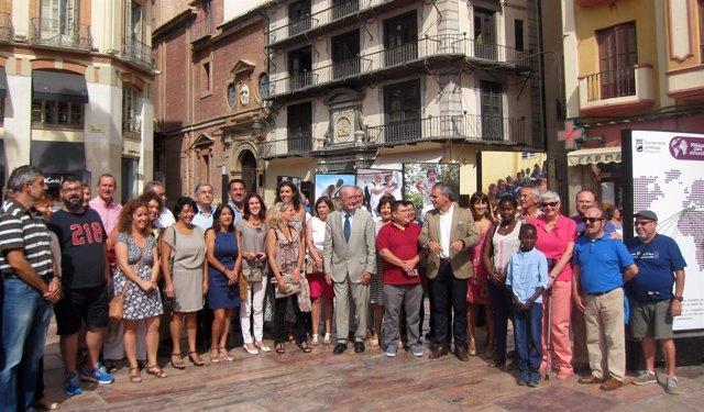 De la Torre exposición por el Día del Cooperante Málaga