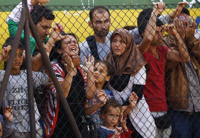 Refugiados en la estación de Bicske