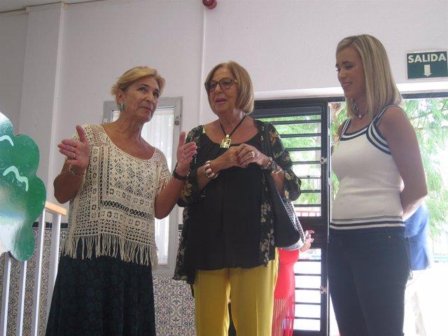 La consejera de Educación, Adelaida de la Calle, en un colegio en Málaga