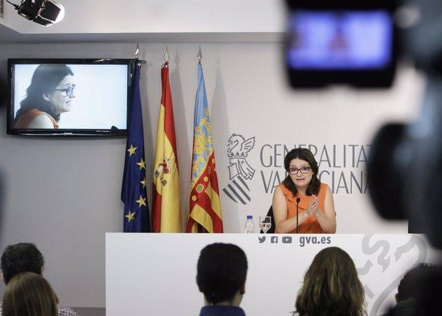 Mònica Oltra en la rueda de prensa posterior al pleno del Consell