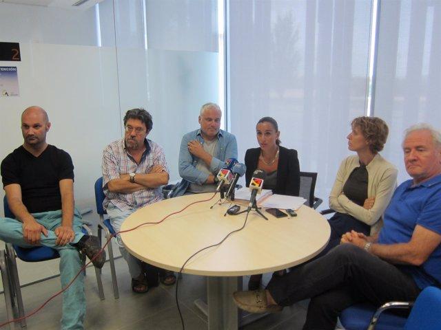 Grupo contra los concierto educativos en rueda de prensa