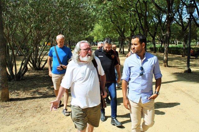 Visita de IU al Parque Amate de Sevilla