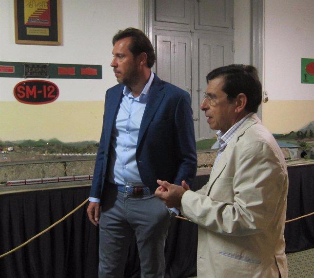 Óscar Puente en la inauguración de la exposición