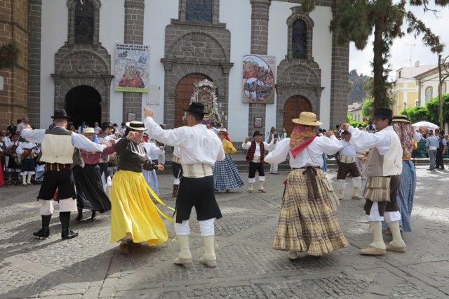 Bailes tradicionales canarios