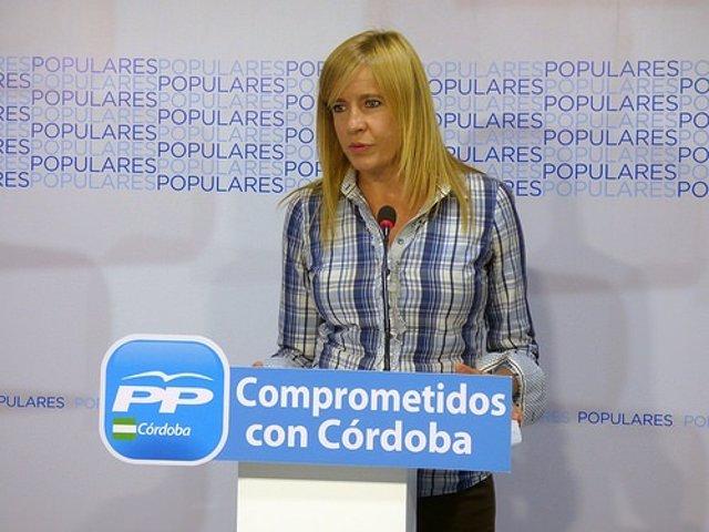 Rosario Alarcón en la sede del PP