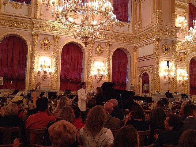 El pianista Manolo Carrasco en el Kremlin de Moscú