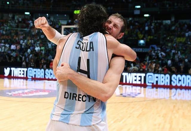 Luis Scola Andrés Nocioni Argentina baloncesto