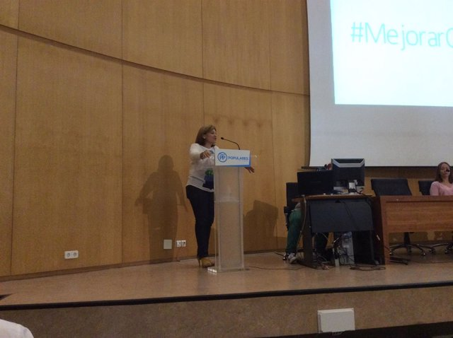 Isabel Bonig durante si intervención en la Convención Provicial del PP Alicante