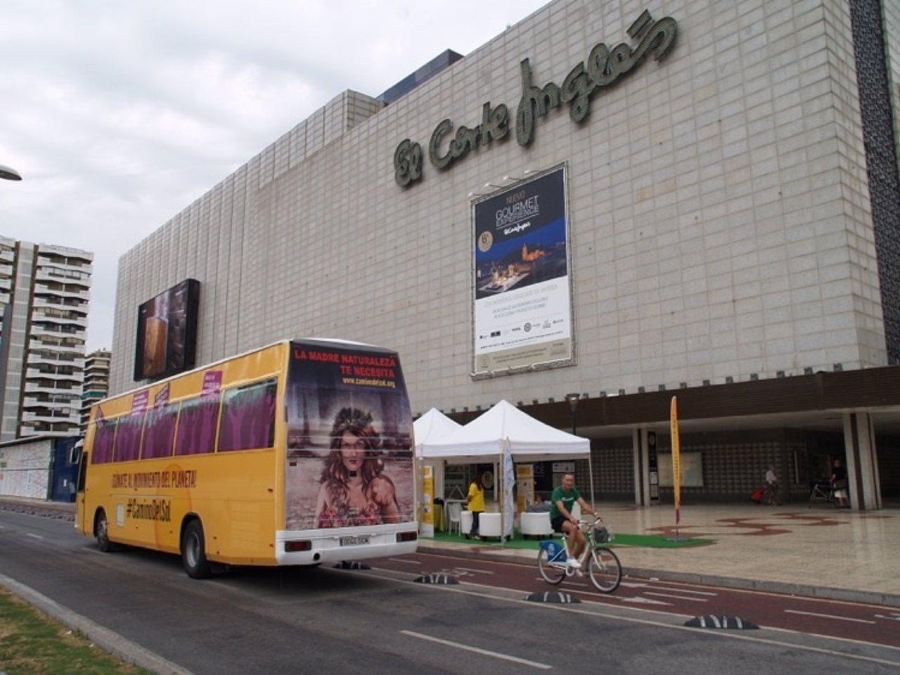 Autobús de Anpier 'El camino del Sol' productores fotovoltaicos