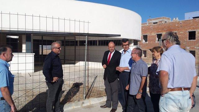 Sebastián Pérez visita el Consultorio de Láchar