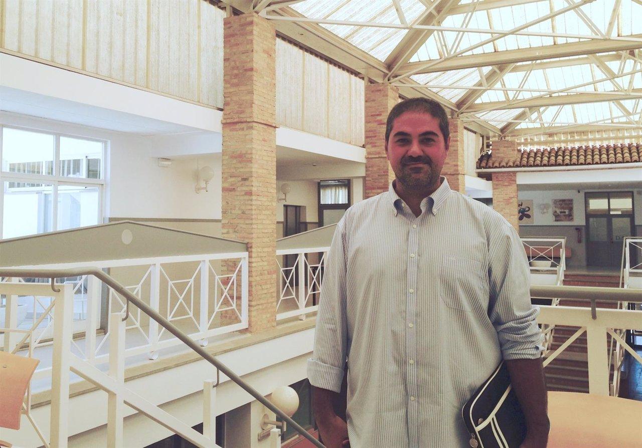 Víctor Claramunt, en la Escuela de Diseño de la CEU-UCH