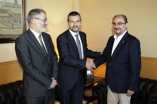 Lambán, junto a Lorenzo y Mellado, este viernes en su despacho en e Pignatelli