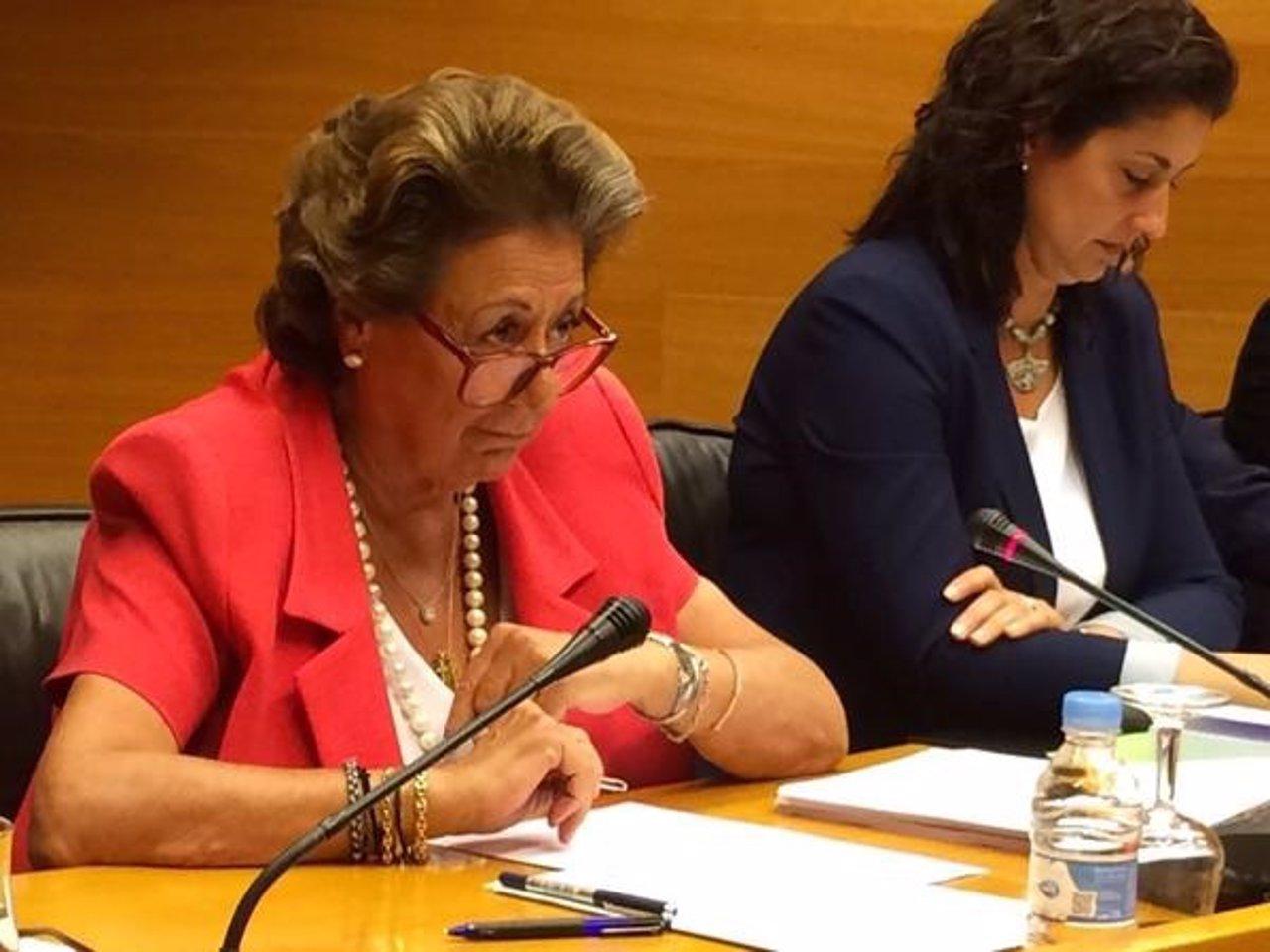 Rita Barberá en su comparecencia en las Corts