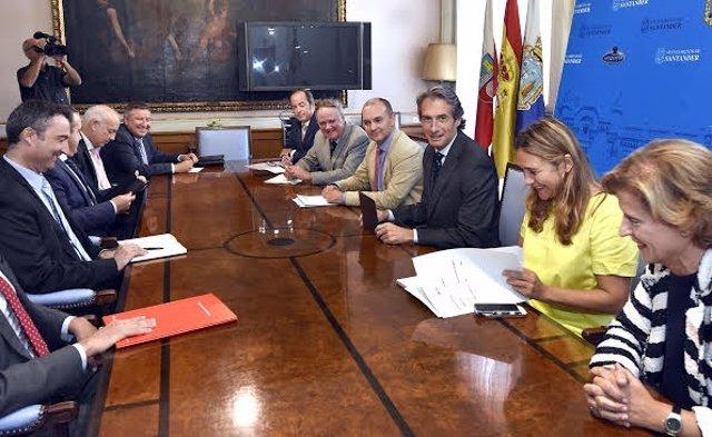 Reunión Ayuntamiento de Santander- entidades financieras