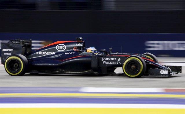 Fernando Alonso (McLaren) en Singapur