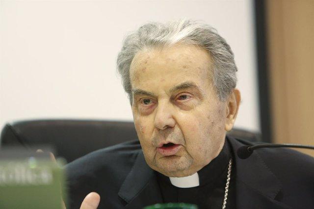 El arzobispo de Bolonia en la UCV