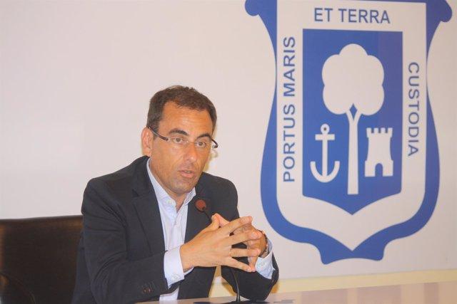 El portavoz del Grupo Popular en el Ayuntamiento de Huelva, Ángel Sánchez.