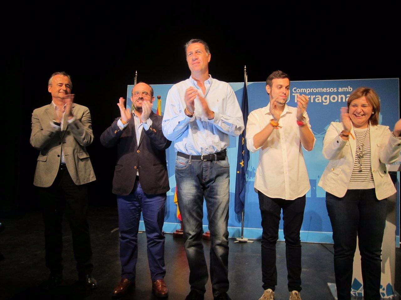 X.G.Albiol, A.Fernández, I.Bonig, J.Solé, L.C.Marquesán (PP) en Tortosa