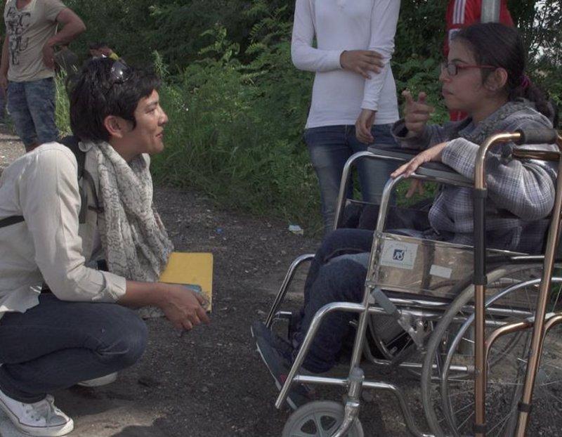 Noujain, la niña discapacitada siria que sueña con ser astronauta, ya ha llegado a Munich