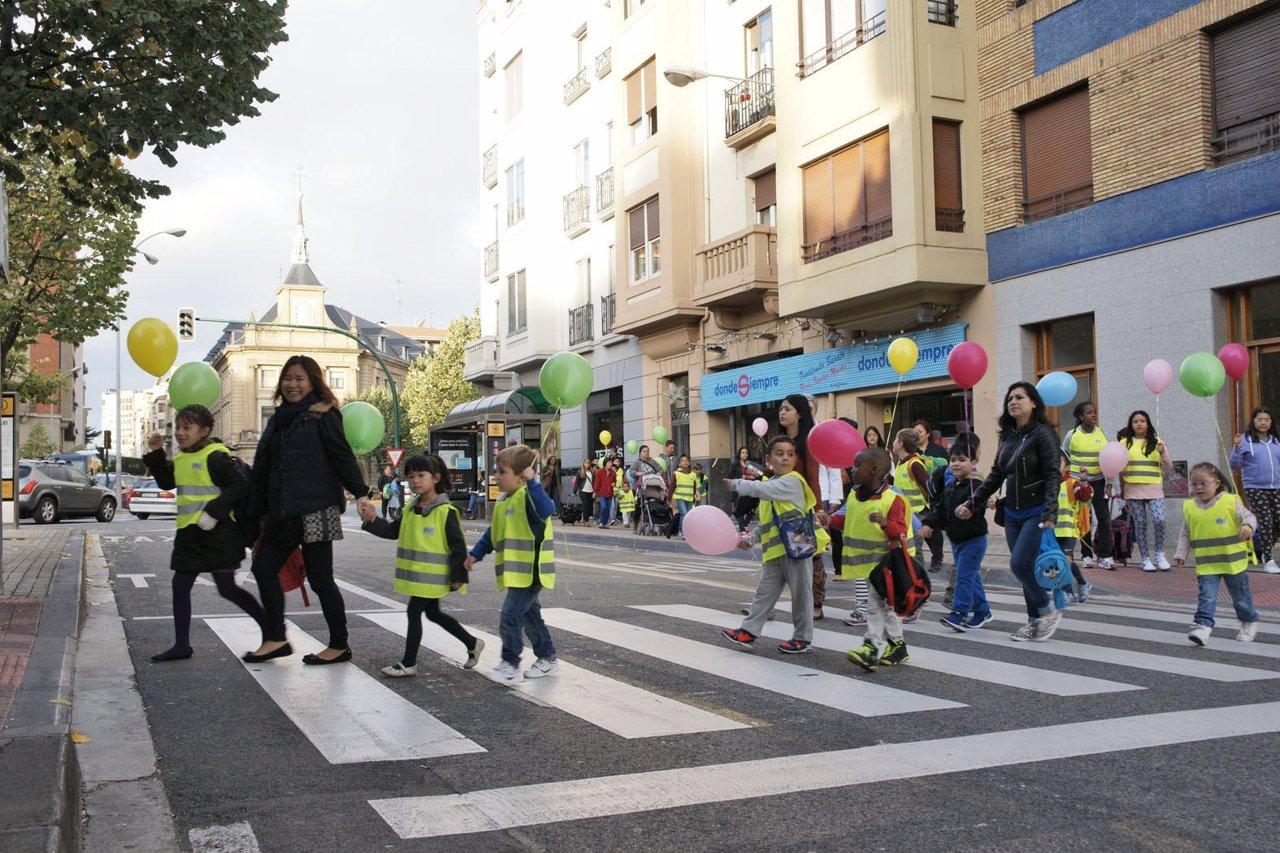 Escolares de Vázquez de Mella que han participado en el 'pedibús'