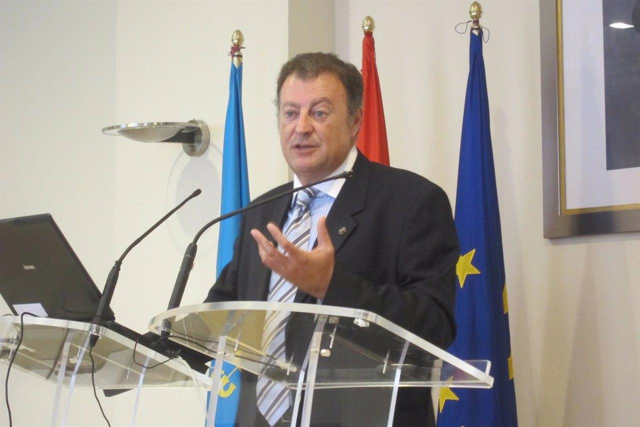 El Delegado De La Agencia Estatal De Meteorología En Asturias, Manuel Mora.