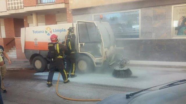 Incendio servicio limpieza Totana