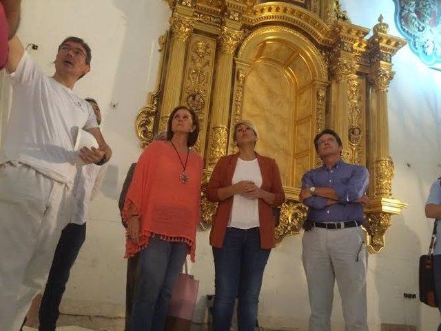 Arroyo y Jódar visitando la Iglesia de San Diego